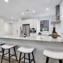 101 Kitchen 2.jpg