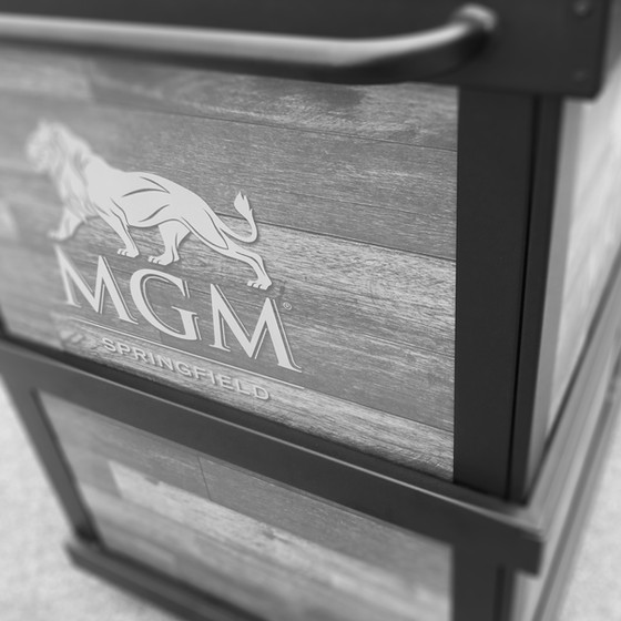 GROWLER STATION - MGM