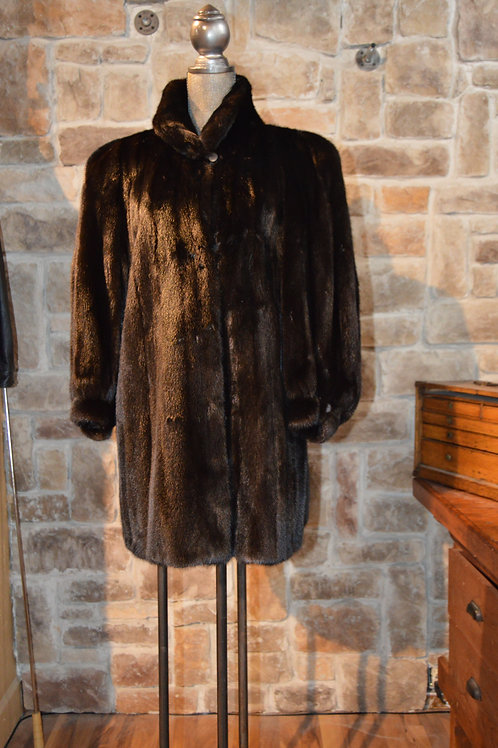 XL Black Glama Female Pelts Mink Coat