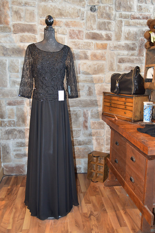 XL Black Embroidered Gown with Chiffon Skirt by Mrire