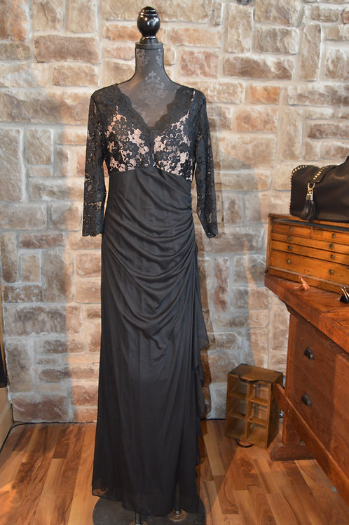 XL ( 16) Black Lace and Ruffled V-neck Gown