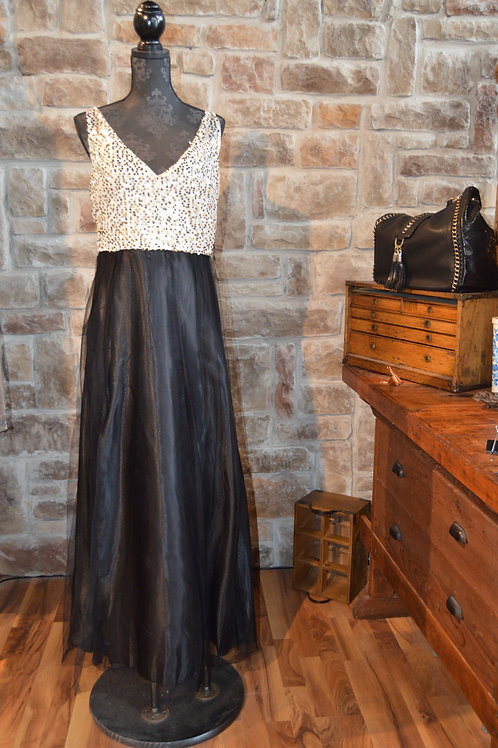 XL Black and Gold Sequined Gown