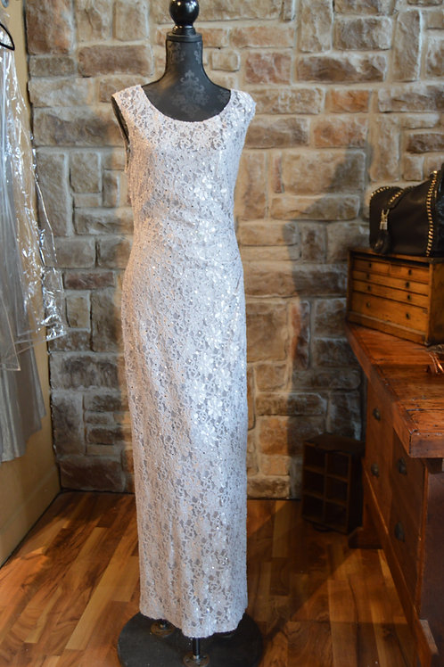 XL (16) Adrianna Papell Silver Lace Sequined Gown