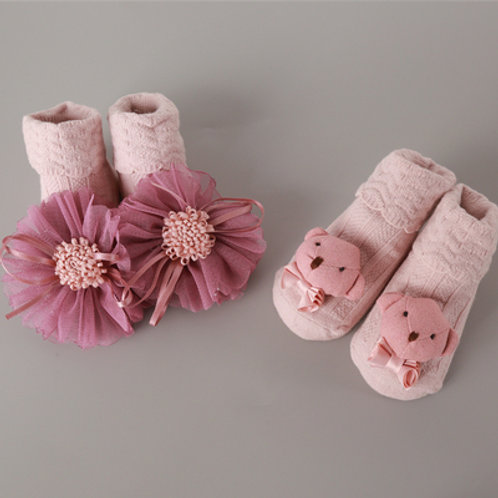 Cute Bear & Floral Design Socks for Baby Girl (2 Pairs)
