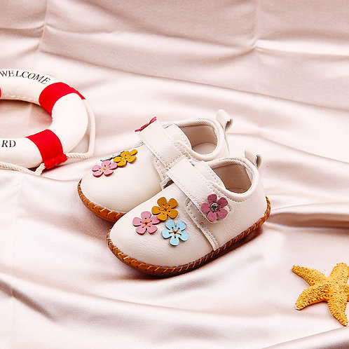 Flower Leather Shoe with Rubber Sole for Prewalker Baby Girl