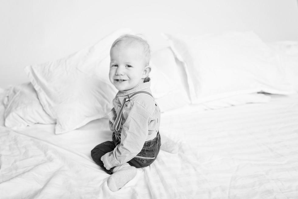 lapsikuvaus kouvola valokuvaaja lapsikuvaaja 1v kuvaus yksivuotiskuvaus.jpg
