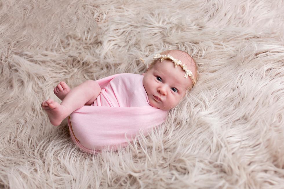 Vauvakuvaus newborn kuvaus kouvola  valokuvaaja lapsikuvaaja lapsikuvaus vauvakuvaaja.jpg