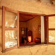 """""""Abra a janela e sinta o convite da natureza para relaxar e ser feliz!"""""""