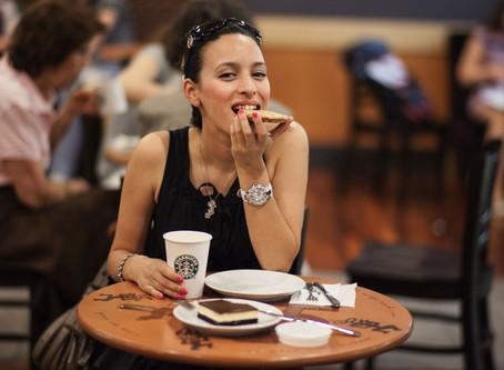 4 possibili ragioni che spiegano la fame compulsiva