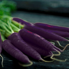 How to Grow Black Nebula Carrots From Seeds