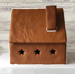 Gingerbread House Recipe and Tutorial