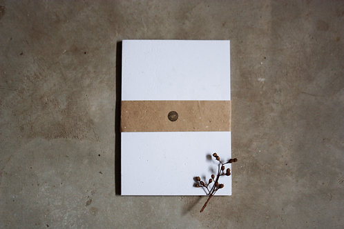 Off white / A4 / 20 folhas