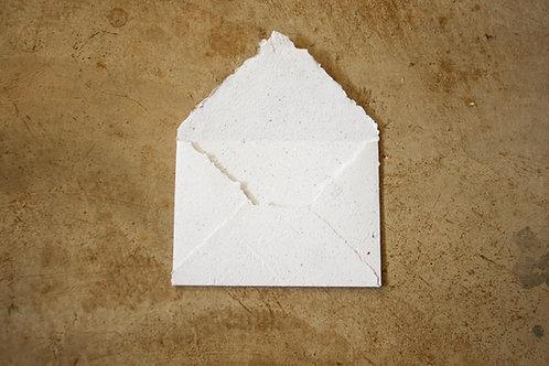 Envelope A6  I  Branco  I  Bordas rústicas