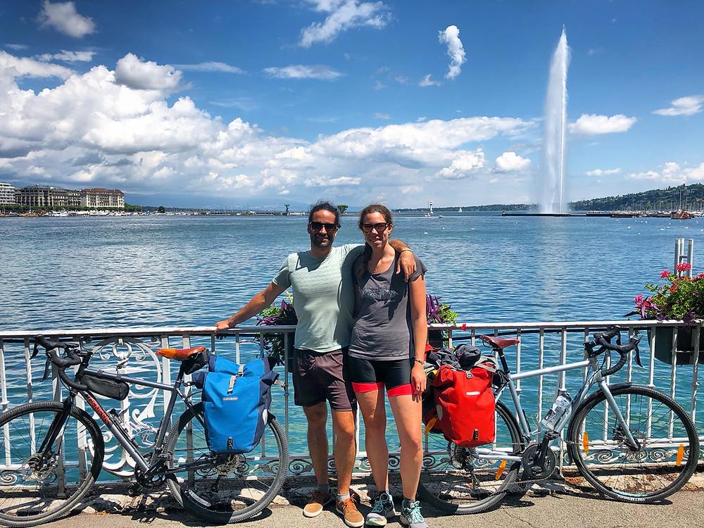 Boyage en vélo de Grenoble à Genève, ici devant le Lac Léman