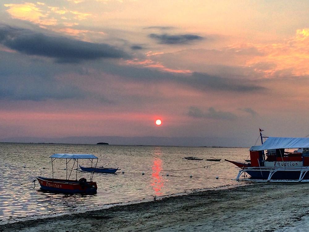 sunset bar alona