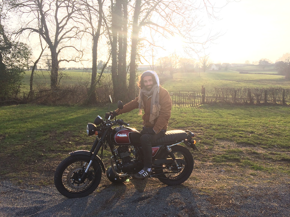 Fab et sa nouvelle moto en bourgogne