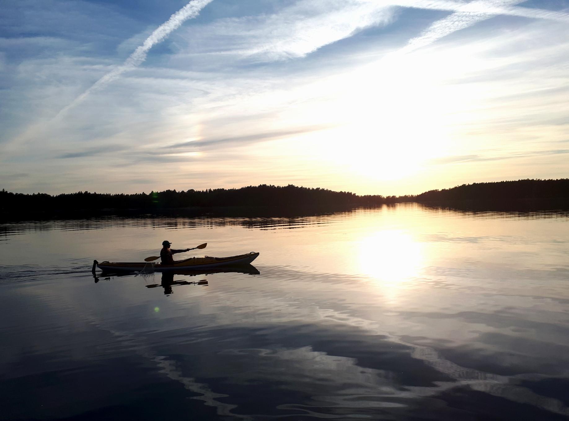 Afternoon kayaking in Archipelago