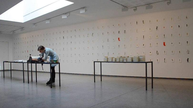 Liv Dysthe Sønderlad, Unbearable Facts, exhibition and performance at Kunstmuseet KUBE, Ålesund
