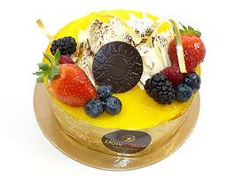 Gâteau Le fraises, framboises, mangue et passion
