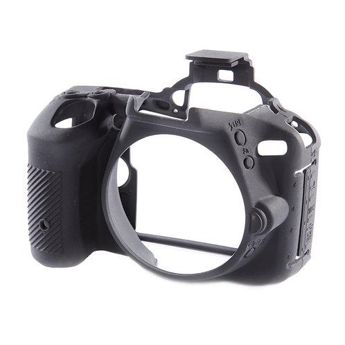 Carcasa easyCover Nikon D5500 / D5600 Negro + Mica