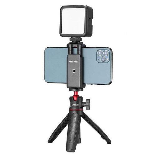Combo para celulares Ulanzi con Mini Tripode MT-08, selfie, LED recargable