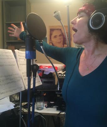 Eve Zanni records with bravada