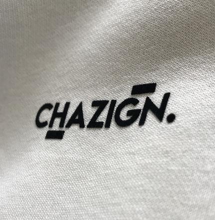 Bedrukt Chazign logo met tubitherm flock op kleding