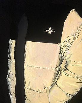 Bedrukte reflectieve jas door Chazign met Chazign logo