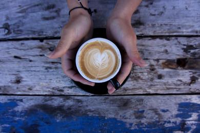 Isınan Havalara İnat  'Kahvesiz Olmaz'
