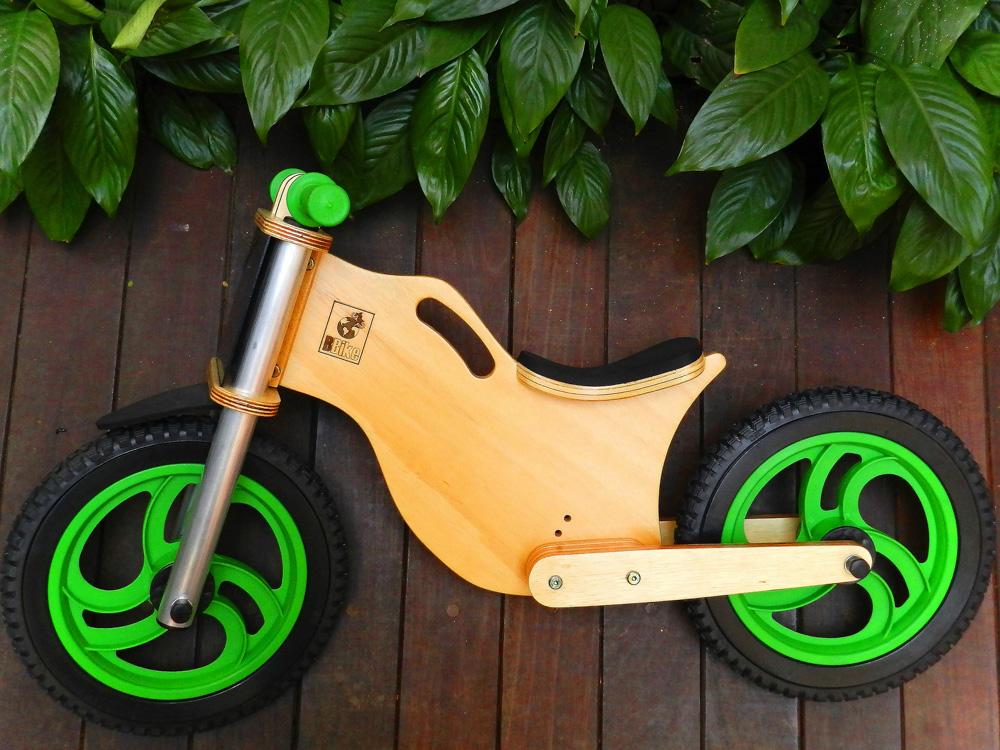 Bicicleta sem pedal infantil Verde