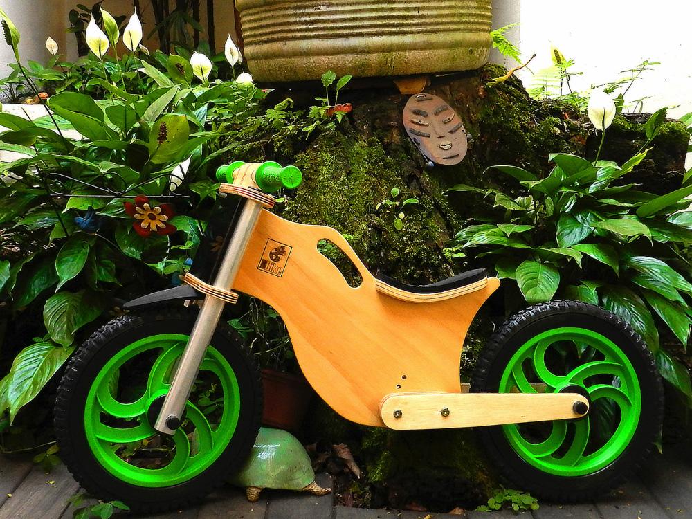 Bicicleta sem pedal BBike verde