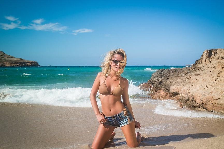 Edamey Hugentobler Ibiza.jpg