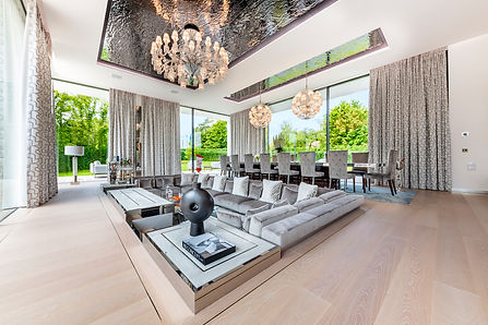 Ultima Geneva Grand Villa - Living Room