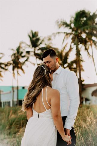 www.dcortezphotography.com   Florida Photographer   West Palm Beach   Fotografo Profesional Westpalm Beach   #WestPalmBeach Photographer #Couples #EngagementsPhoto  