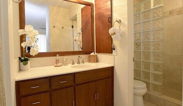 Wailea Ekolu #7 En-suite master bath