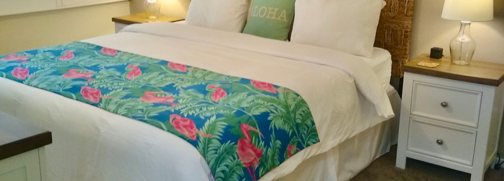 Kamaole Sands #7 En-suite bedroom with King bed
