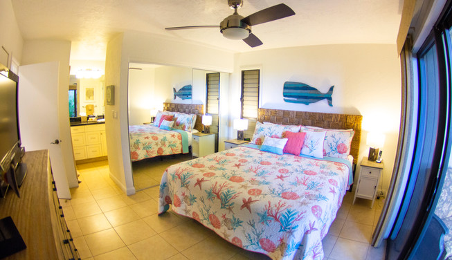 Wailea Ekolu #3 En-suite bedroom with King Bed