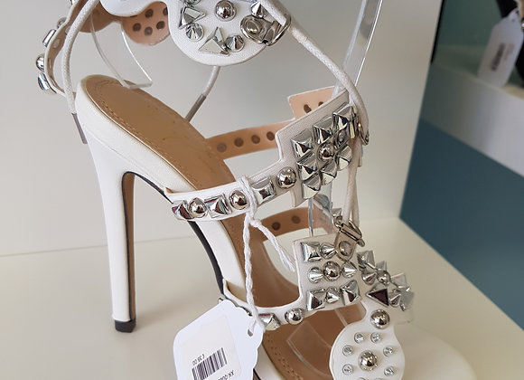 WHITE GLADIATOR STYLE STILETTO