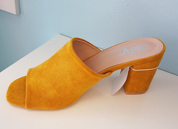 YELLOW BLOCK HEEL MULE