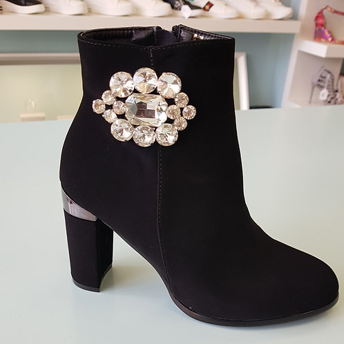 FY1163 BLACK HEEL ANKLE BOOT WITH DIAMANTE DETAIL