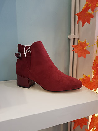 WINE ANKLE BOOT WITH BUCKLE STRAP
