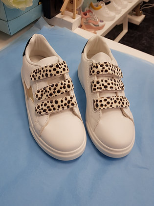 WHITE AND LEOPARD PRINT TRAINER