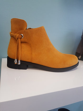 MUSTARD FLAT BOOT WITH ANKLE DETAIL