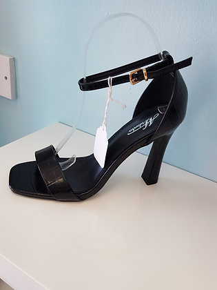 BLACK HIGH HEEL SANDAL