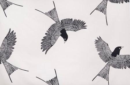 tablecloth– bird