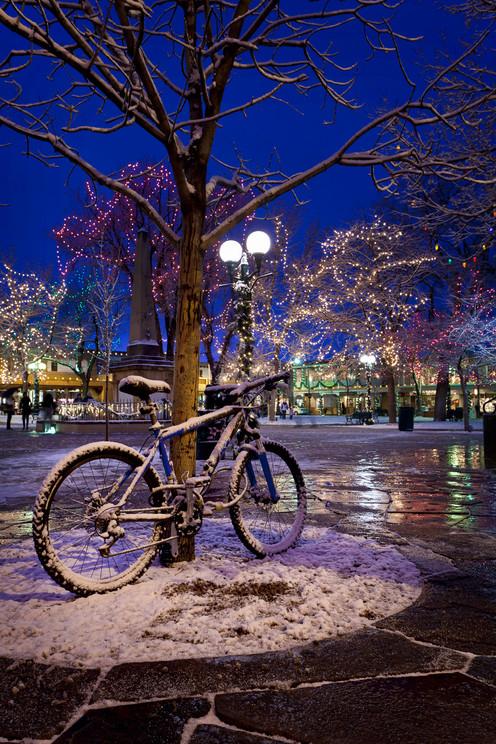 bike on the plaza.jpg