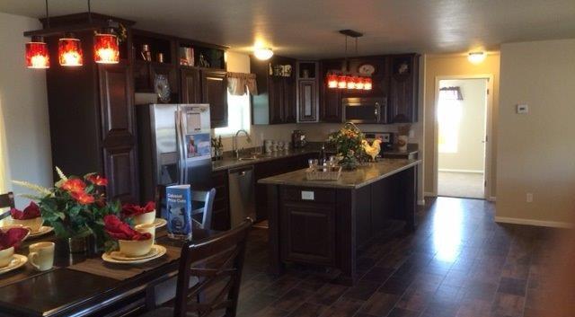 Cabin Kitchen 2.jpg