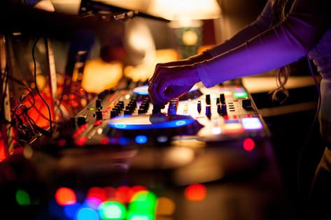 DJ Miss Eddy Pink Mix Madness