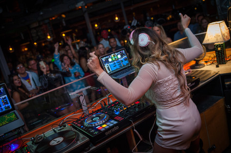 Guest DJ Miss Eddy Pink Dances Live