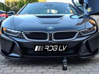 BMW i8 AC Schnitzer Hand Wash